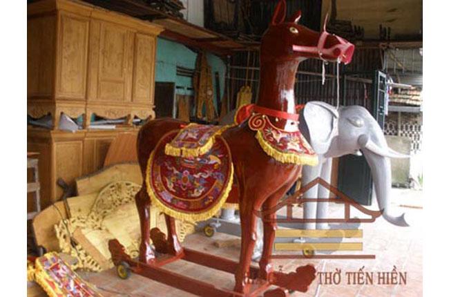 Ông ngựa sơn màu bóng đẹp