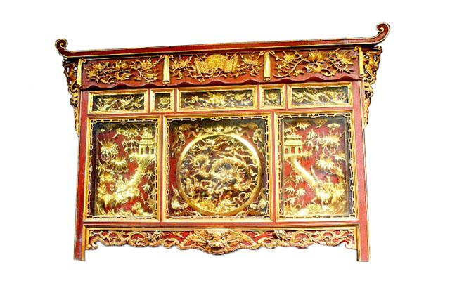 Tủ thờ 2 sơn son thếp vàng